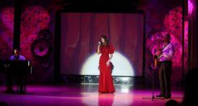Мастерство сургутских исполнителей эстрадной песни оценил Михаил Касымов вокальный наставник в шоу «ПЕСНИ» на ТНТ
